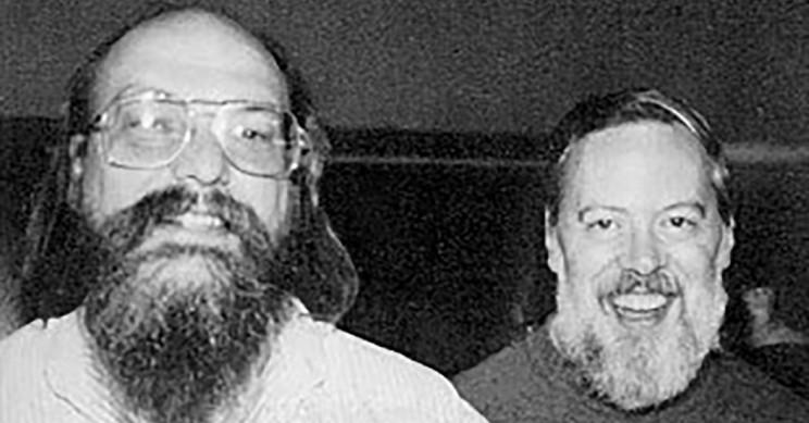 دنیس ریچی (راست) و کن تامسون (چپ)