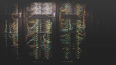 تصویر از تفاوت سرورهای ایستاده، رکمونت، تیغهای و میکروسرور
