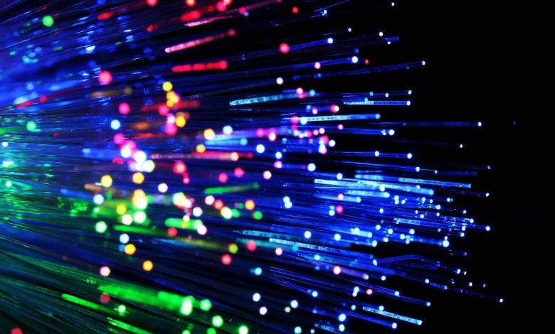 نوری 780x470 - اطلاعاتی درباره نرخ آتش کابل های فیبر نوری